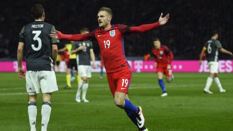 Jamie-Vardy-England-Backheel-Germany-Goal