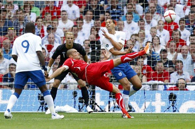 Soccer - UEFA Euro 2012 - Qualifying - Group G - England v Switzerland - Wembley Stadium